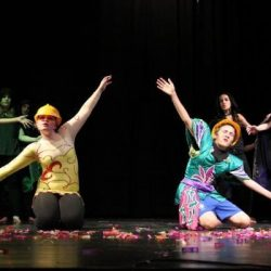 מתוך ההצגה סיפורי פוגי במסגרת חוג דרמה - תיאטרון לילדים - לנוער -בימת הנוער כפר סבא