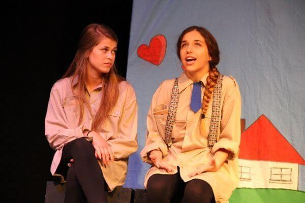 מתוך הצגה במסגרת חוג דרמה לילדים - לנוער
