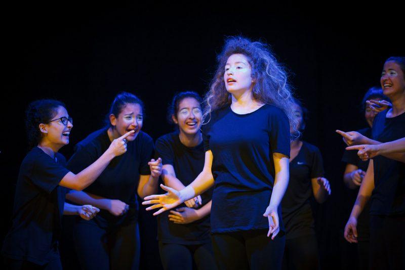 מיה עיברין - בוגרת בימת הנוער כפר סבא הסטודיו למשחק