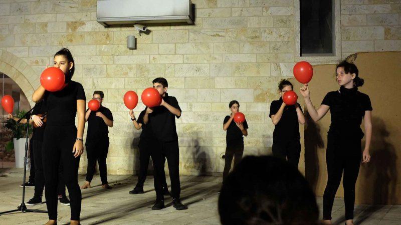 סטודיו למשחק לילדים - לנוער בימת הנוער כפר סבא מציגים